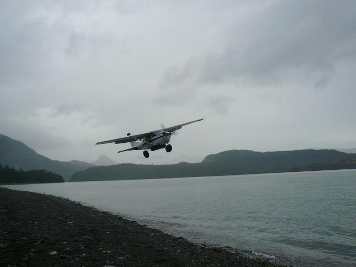 AlaskaIslandBeaverPlane